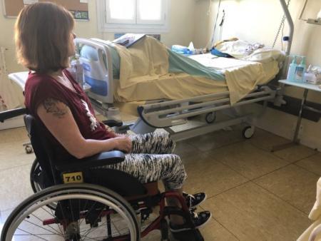 Val-d'Oise. Handicapée après une erreur médicale à la clinique Claude-Bernard d'Ermont :Nathalie, 55 ans, s'est retrouvée paraplégique à la suite d'une erreur d'injection d'un médecin anesthésiste de la clinique Claude-Bernard, à Ermont (Val-d'Oise).